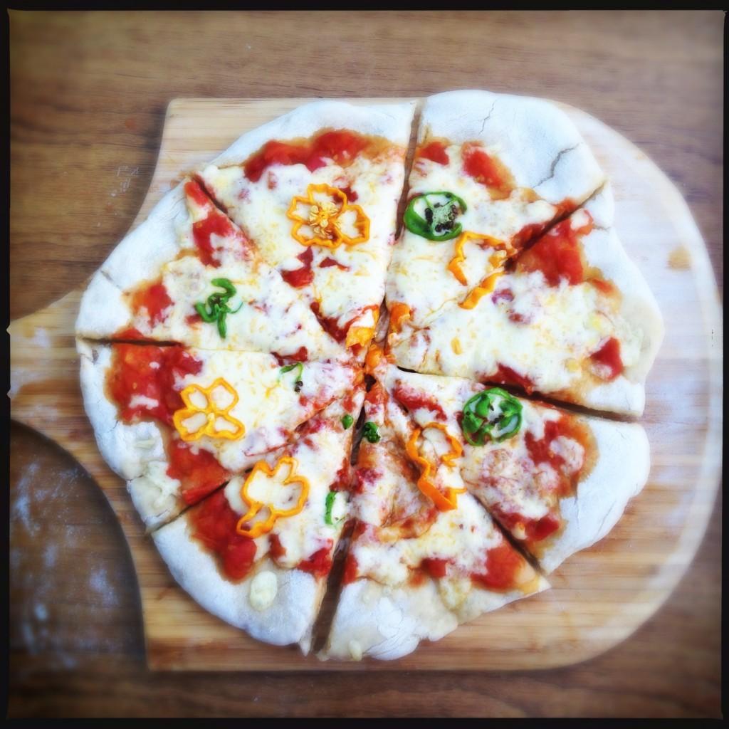 Aprenda a fazer pizza em 2 minutos!