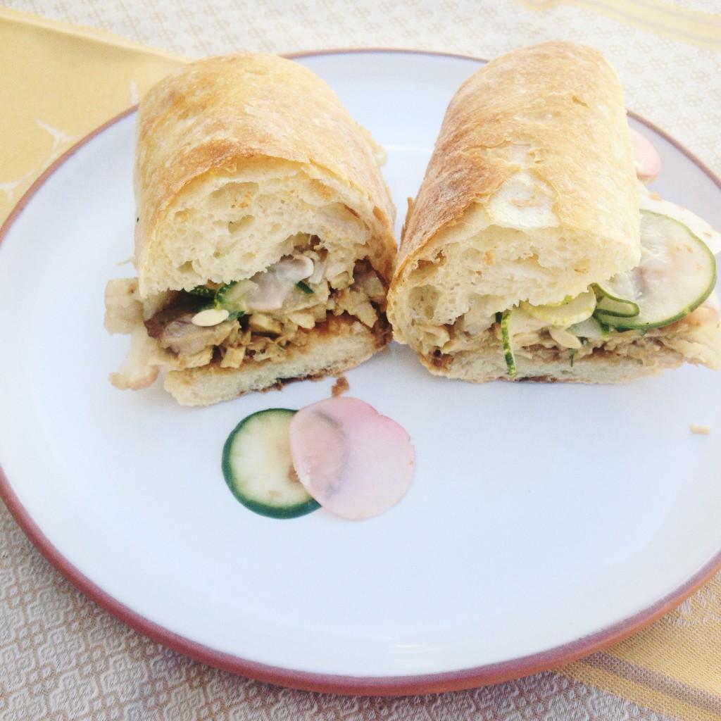 sanduíche de barriga de porco com hoisin caseiro do Coma no Jardin