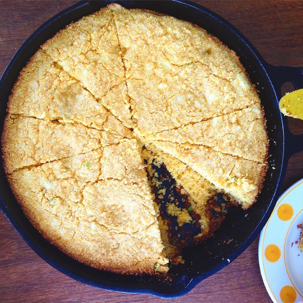 cornbread com pimenta de cheiro e queijo canastra 5