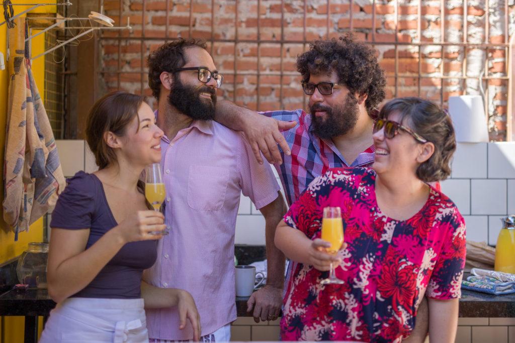Fabiana e Gustavo do Petit Jardin e Esdras e Mariana do Coma Lá em Casa :)