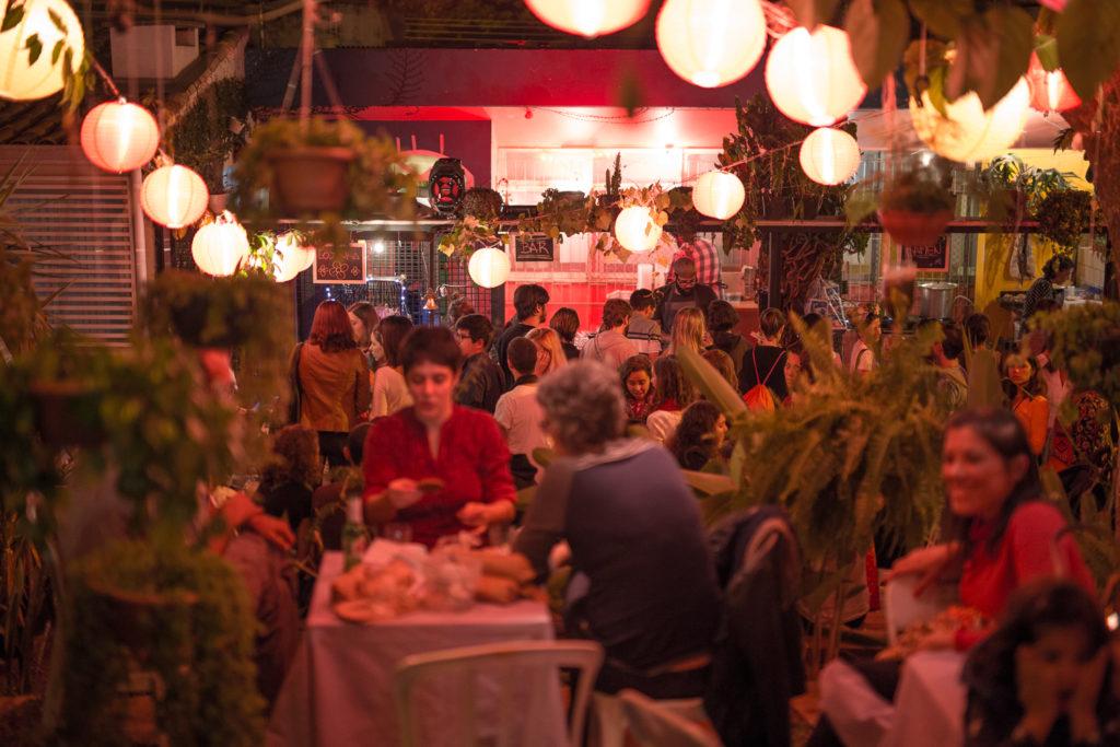 Coma no Jardin | Noites Quentes com Ramen