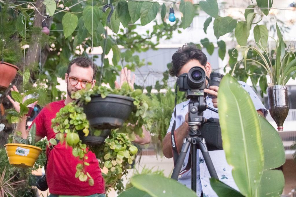 Nossos queridos amigos e parceiros Kauê Blass e Ricardo Theodoro fotografados pela também querida e parceira Joana França