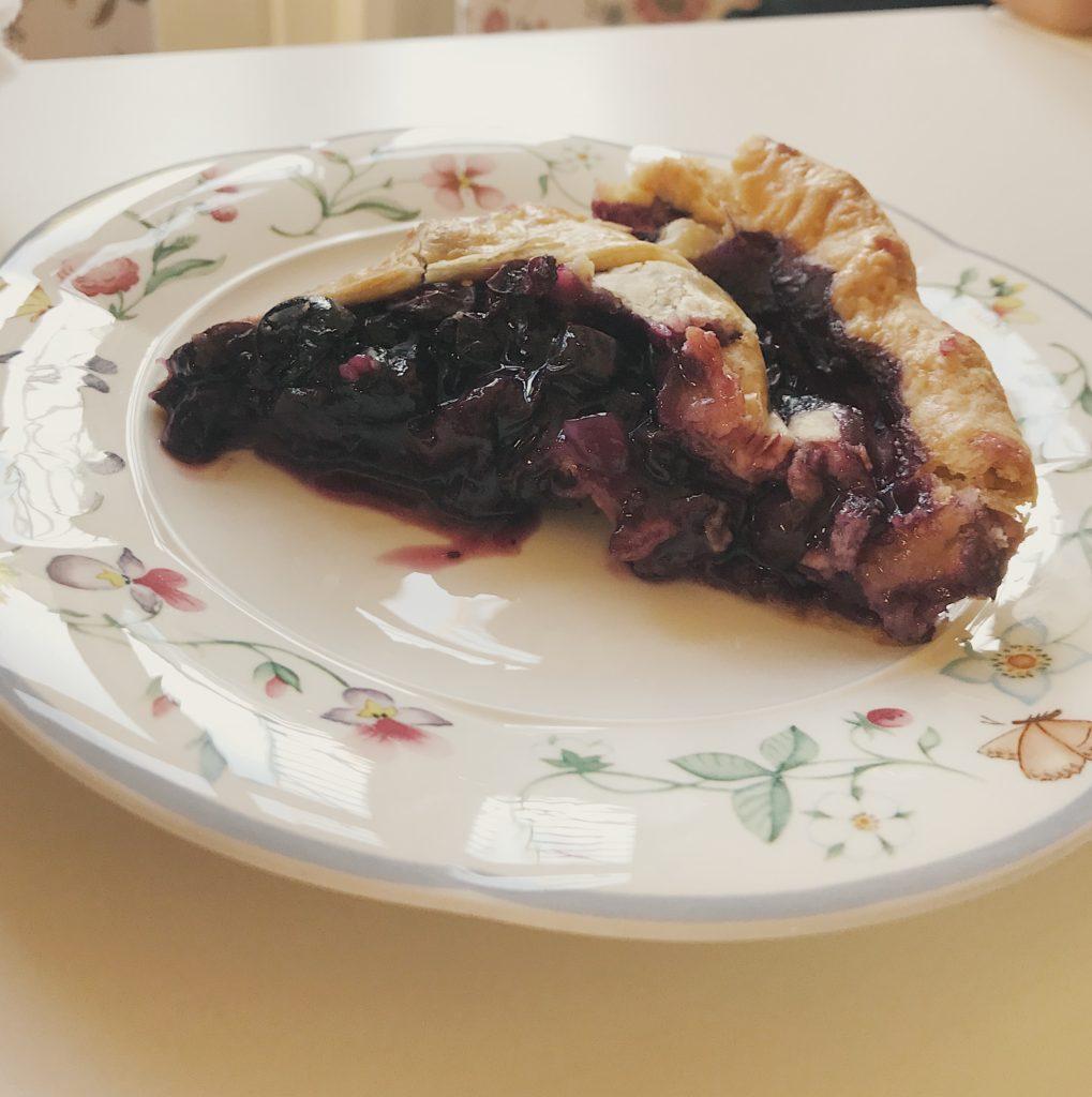 Por aí na Holanda comendo torta de mirtilo (blueberry)