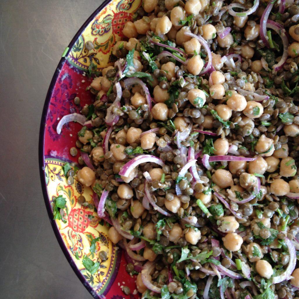salada de lentilha e grão de bico